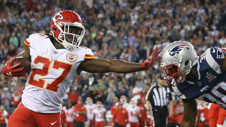 Kareem Hunt tops sportsbooks for Offensive Rookie of the Year