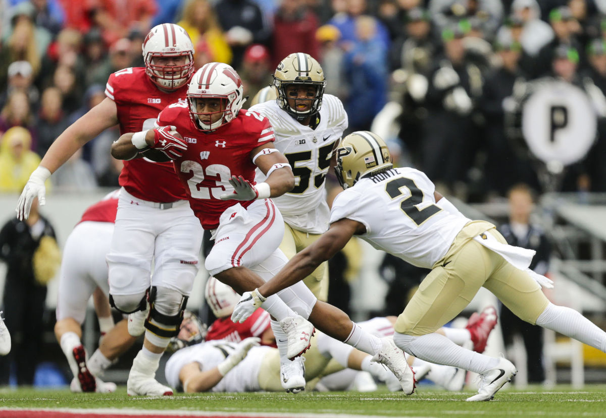 Jonathan Taylor is a key to Wisconsin offensive attack