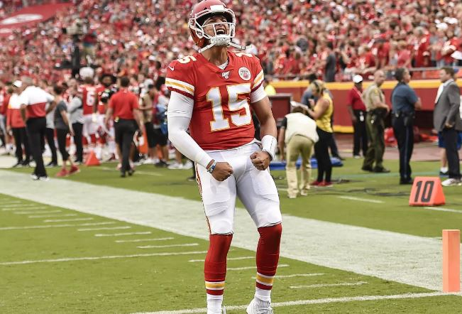 Chiefs receive plenty of public betting handle week 4 NFL report